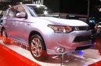 No estande da Mitsubishi no Sal�o do Autom�vel de S�o Paulo, a equipe do Auto Motor mostra a tecnologia presente no Hybrid