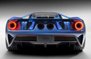 No Salão do Automóvel de Detroit, a Ford revelou as primeiras imagens oficiais do lendário GT. O modelo deve ser lançado no mercado em 2016