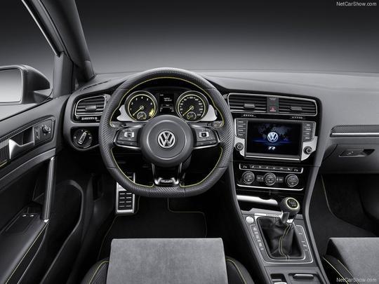 Volkswagen está muito perto de realizar a produção em série do Golf R400
