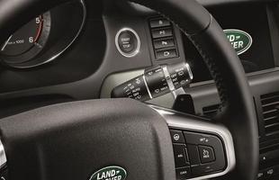 Entre os itens de série, estão Head-up display e cinco modos de condução