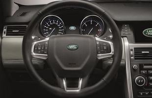 SUV também traz controles de tração e estabilidade e assistente de largada e descida em rampas