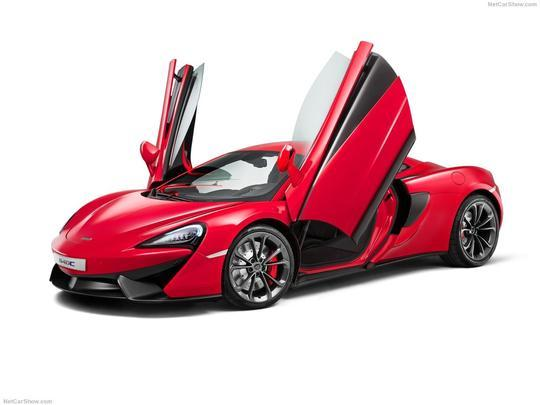 McLaren lançou, no Salão de Xangai, o novo 540C. Carro tem motor V8 3.8 litros de 533 cavalos de potência