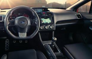Montadora apresentou novidades para a linha 2016 dos carros. O primeiro chega ao mercado norte-americano partindo de US$ 26.595 e o segundo de  US$ 34.695