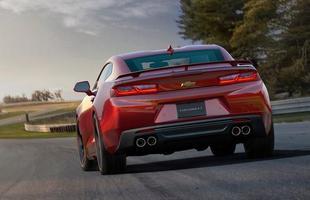 Chevrolet revelou a sexta geração do Camaro, que está 90 kg mais leve