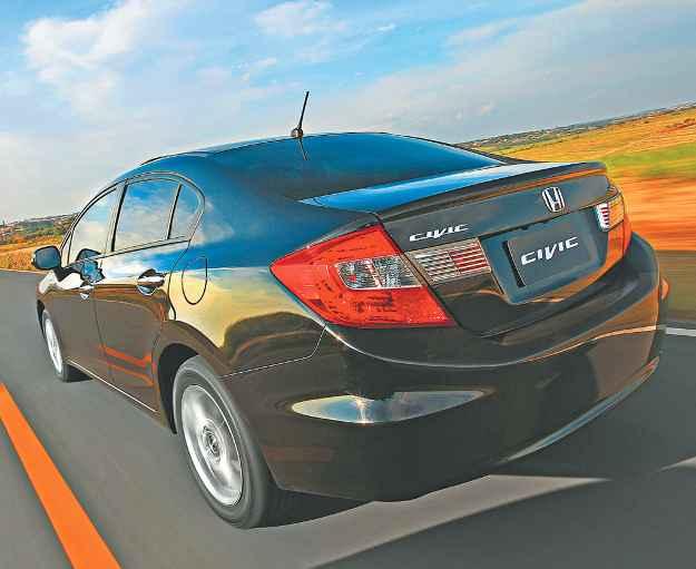 Modelo teve porta-malas ampliado para 449 litros de capacidade (CAIO MATTOS/DIVULGA��O )