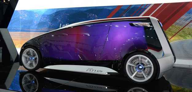O Fun-Vii da Toyota é um daqueles conceitos futuristas que devem demorar para chegar às ruas (Michellin/divulgação)
