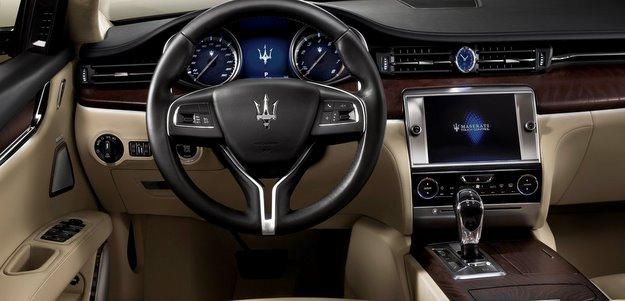 Interior revela detalhes de luxo do modelo que é a nova aposta da ... Maserati Quattroporte 2013 Interior