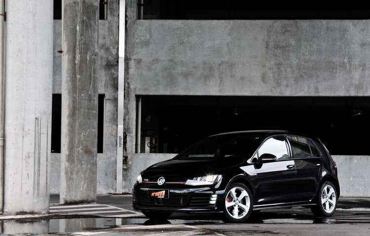 A cor preta deixa o esportivo da Volkswagen mais discreto - Paulo Paiva/DP/D.A Press