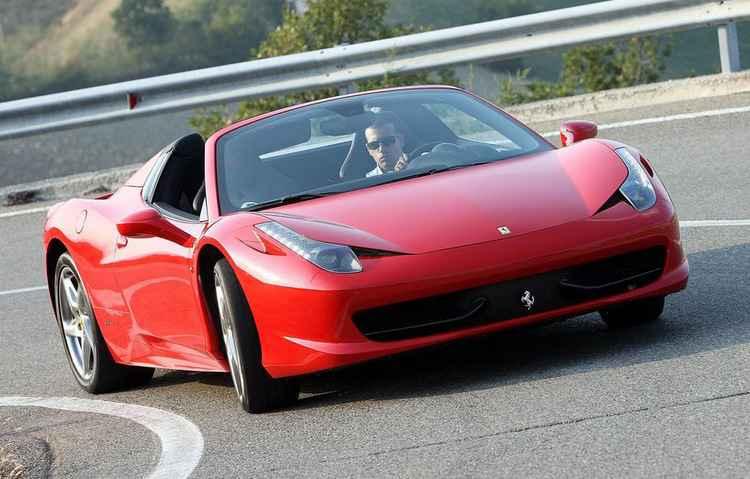 Em primeiro lugar: Ferrari 458 Spider 2013 com imposto de R$ 64.323,72 - Ferrari/ divulgação
