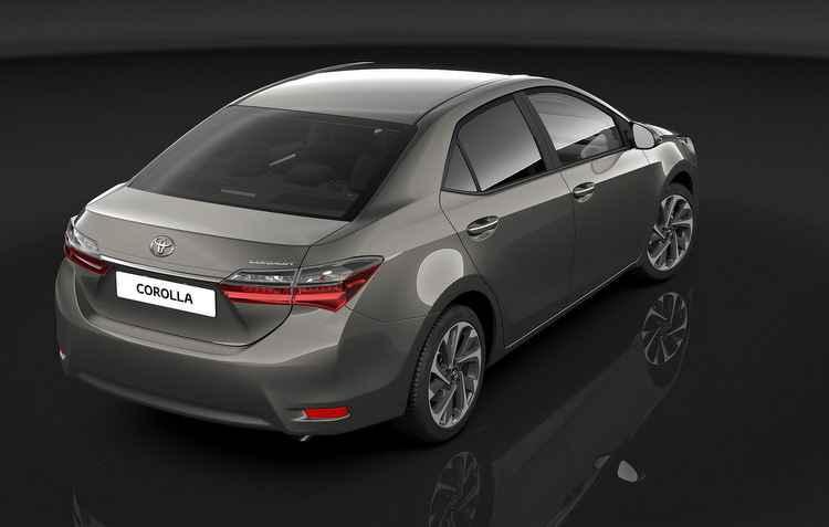 Lateral traz apenas novas maçanetas cromadas - Toyota / Divulgação