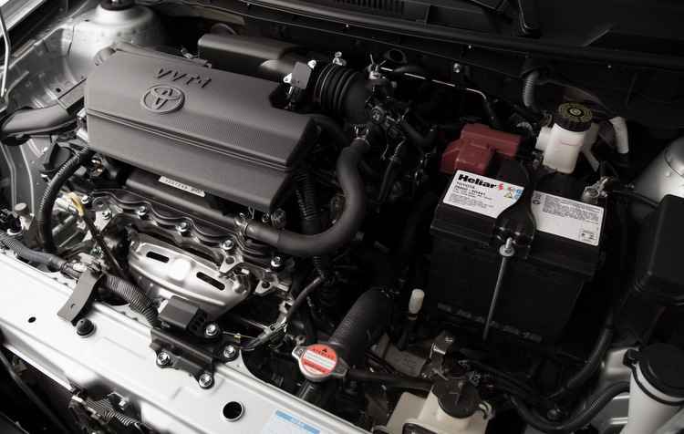 Os motores que compõem a nova versão do modelo são os motores 1.3 e 1.5 litro Dual VVT-i - Toyota / Divulgação