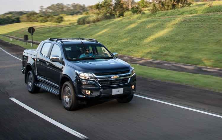 Nova grade dianteira, mais alongada, desenhada com a nova identidade da Chevrolet - Chevrolet / Divulgação