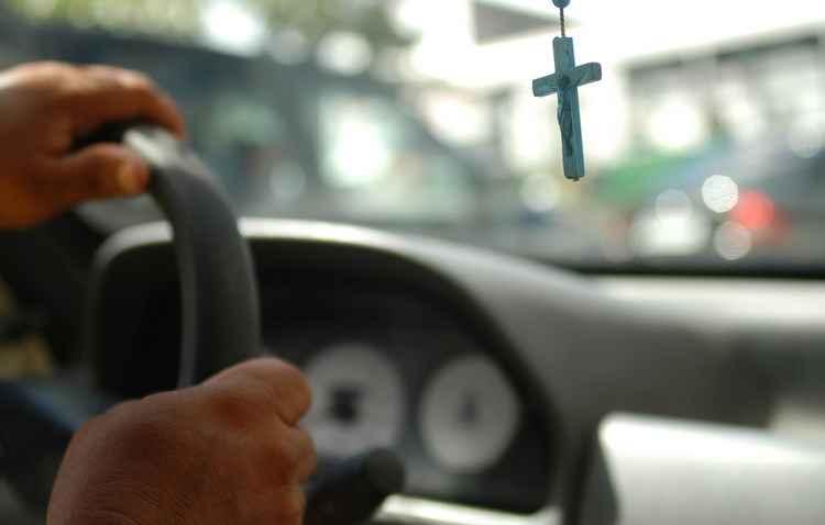 Fazer do carro uma profissão é mostrar amor pelo volante - Teresa Maia / DP