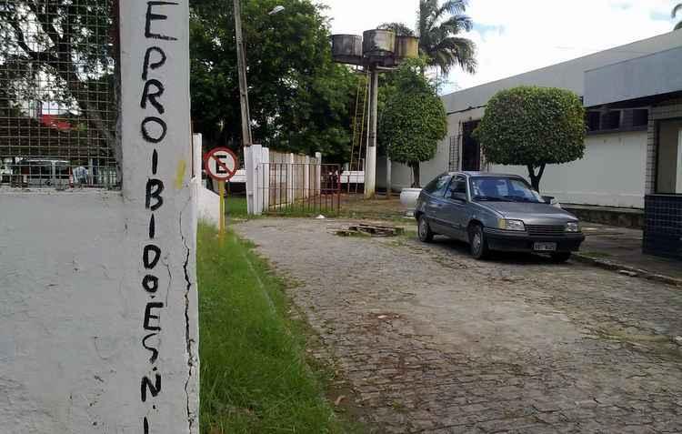 23 mil foram multados por estacionar em local proibido - Heitor Cunha / DP