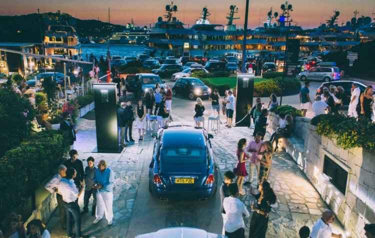 Novo estúdio na Itália promete ser o mais novo ponto de encontro dos fãs de carros de luxo - Rolls Royce / Divulgação