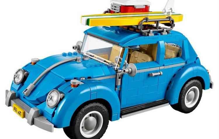Brinquedo mede 15 centímetros de altura, 12 centímetros de largura e 29 centímetros de comprimento - Lego / Divulgação
