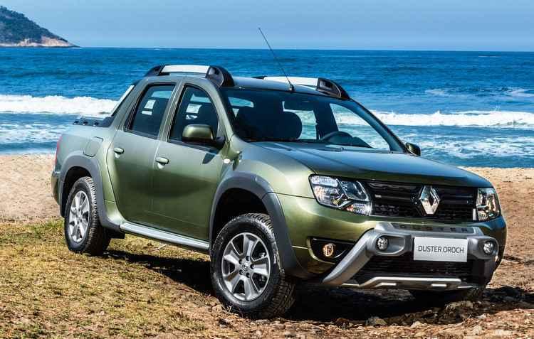 Linha 2017 da picape terá como opcional câmbio automático e direção eletro-hidráulica - Renault / Divulgação