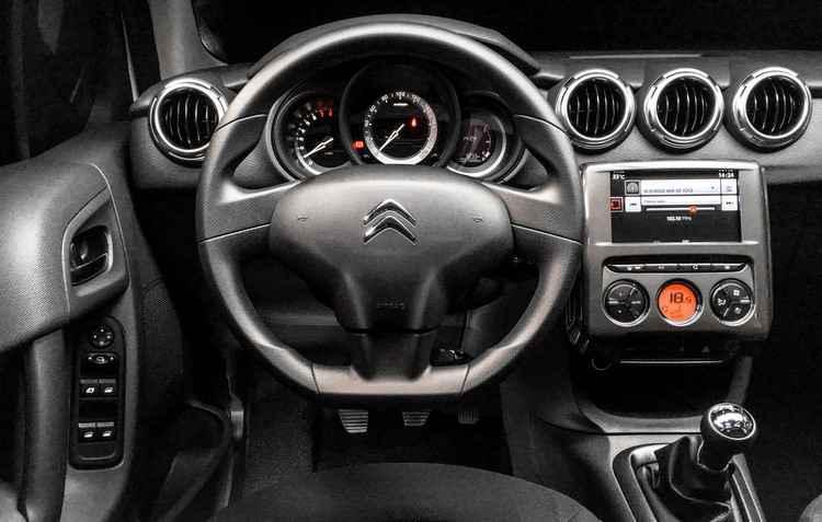 Interior é sóbrio e bonito - Citroën / Divulgação