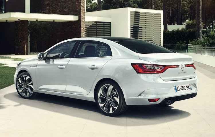 Modelo vem com duas opções de motor a gasolina e três a turbodiesel - Renault / Divulgação