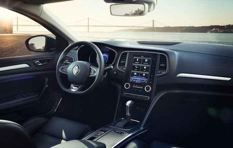 Tecnologia é o ponto alto do modelo, que conta com sistema de entretenimento R-Link 2 - Renault / Divulgação