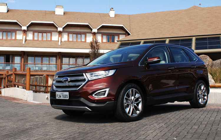 Apesar de ter sido renovado, o design da frente não mudou muito em relação ao modelo atual do crossover - Ford / Divulgação