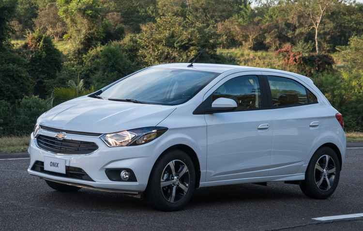 Mesmo com a chegada na nova versão às concessionárias, Onix continua sendo topo de linha - Chevrolet / Divulgação