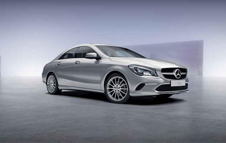 Visual reforçado com faróis full-led e todas as opções do carro possuem teto solar panorâmico de série - Mercedes Benz / Divulgação