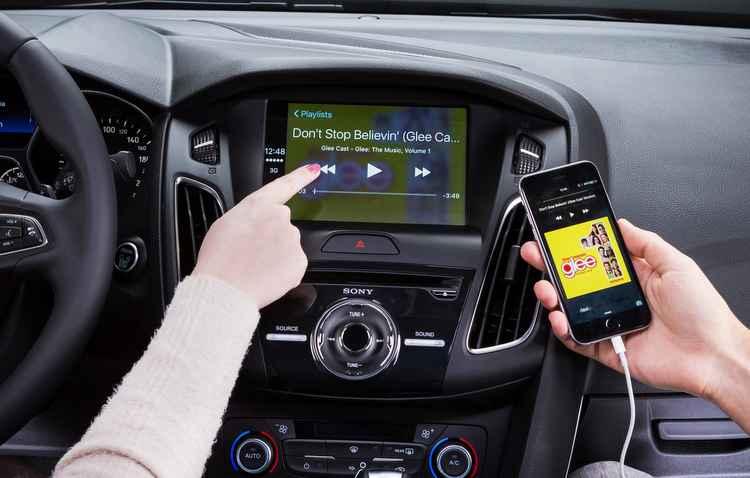 Sistema Sync 3 agora interage com relógio inteligente Gear S2 - Ford / Divulgação