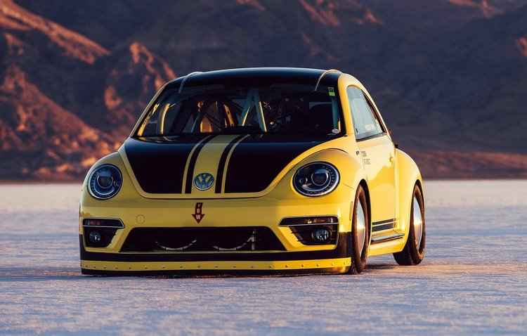 Beetle foi modificado pela Volkswagen com a missão de ultrapassar os 300 km/h - Volkswagen / Divulgação