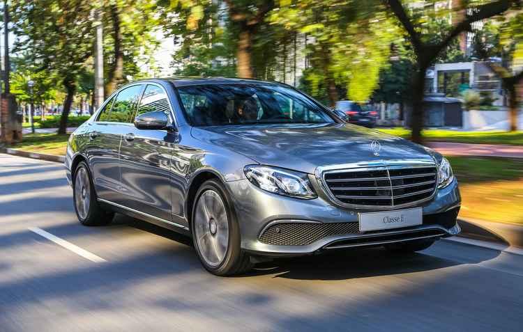 Modelo vai de 0 a 100 km/h em 6,9 segundos - Mercedes-Benz / Divulgação