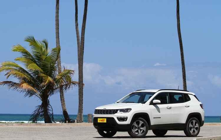 Jeep Compass está entre os 20 modelos mais vendidos no país - Paulo Paiva/DP