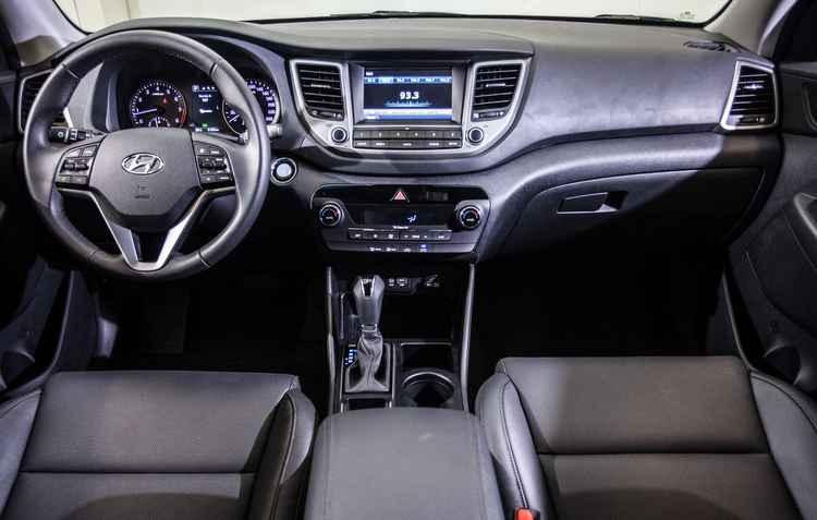 Tela multimídia de sete polegadas é a grande novidade interna - Hyundai / Divulgação