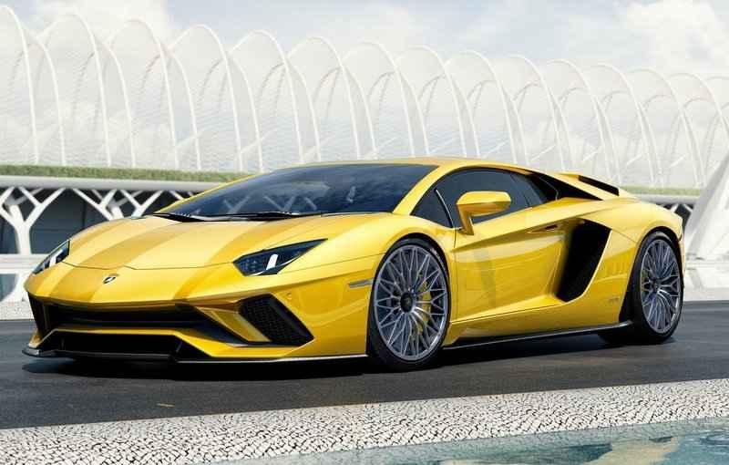 Lamborghini carrega uma aparência mais agressiva com os novos para-choques. - Lamborghini/Divulgação