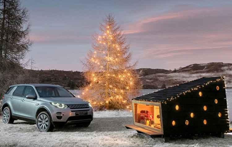A cabana que a Land Rover criou para o natal foi feita para suportar a temperatura abaixo dos 20ºC negativos  - Land Rover/Divulgação
