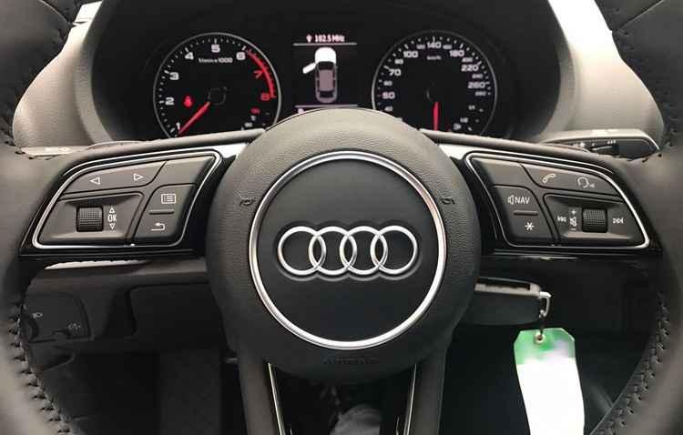 Virtual Cockpit foi apresentado primeiro no Audi TT - Reprodução / Internet
