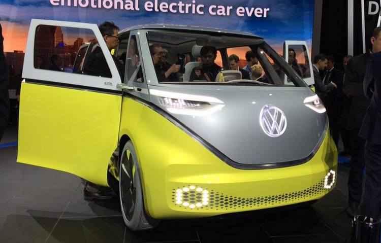 O modelo é capaz de aceleração de 0 a 100 km/h em 5 segundos, com autonomia de 434 km - Taciana Góes/DP