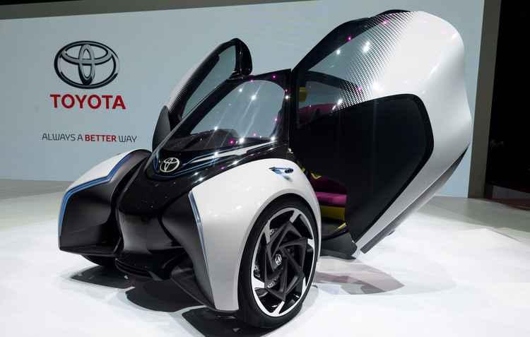 Veículo elétrico pesa 600 kg e surge como transporte alternativo - Afp/Divulgação