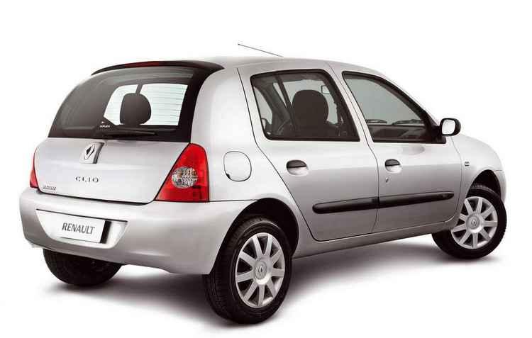 Na versão 1.0, o preço do hatch da Renault no ano 2012 varia entre R$18 mil a R$ 23 mil   - Renault/Divulgação