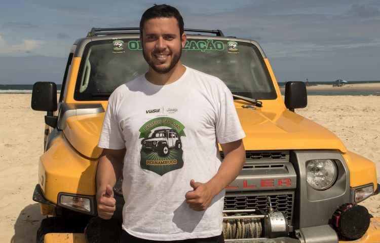 Pedro Mota é um dos aventureiros de plantão que está ligado em como promover economia na hora de abastecer o seu Troller - Phillipe Percol/Divulgação