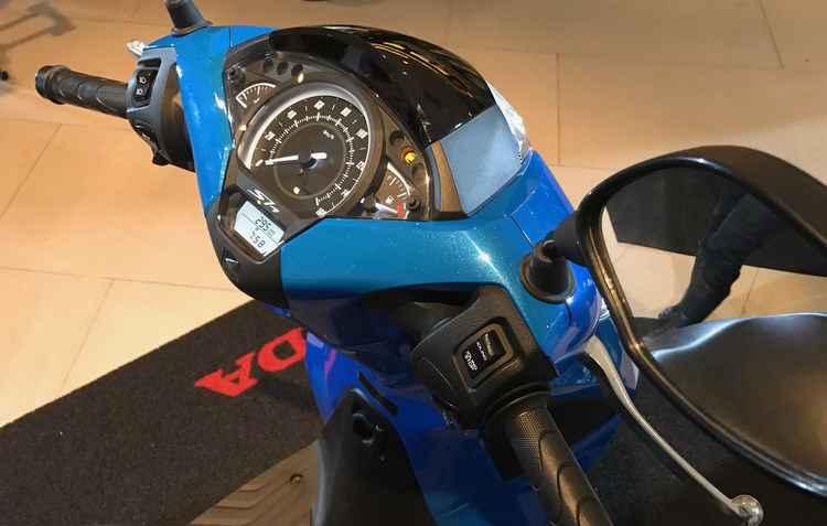 Para a segurança estão disponíveis ABS nos discos de freio de série e rodagem de 16 polegadas - Jorge Moraes / DP