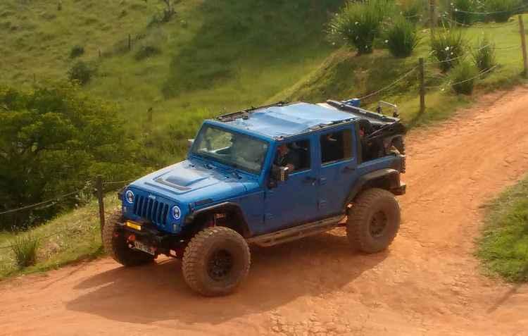 A evolução do Willys que foi feito para a Guerra atraiu todos os olhares dos apaixonados por veículos - Thainá Nogueira/Esp. DP