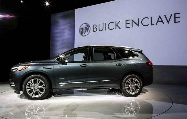 SUV conta com motor 2.0 turbo de 252 cv e outra opção que carrega um propulsor V6 3.6 com bem mais de 300 cv  - Buick/Divulgação