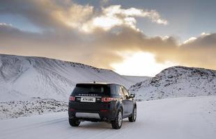 SUV transformou gelo islandês em passarela; nossa supergaleria traz cada passo em detalhes