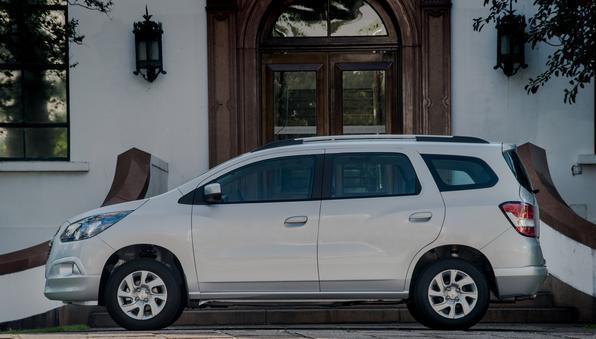 Em toda a linha, carro oferece duas novas opções de cores metálicas: Graphite e Peper Dust