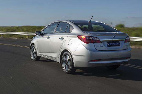 Hyundai anunciou uma nova versão Impress, limitada a 3 mil unidades, para seu modelo sedã