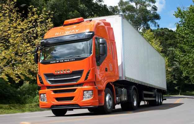 Iveco lança caminhão Hi-Way no Brasil