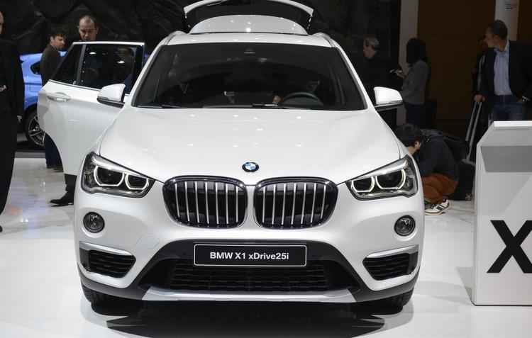 O BMW X1 agora está mais alto, garantindo presença poderosa - Newspress / Divulgação