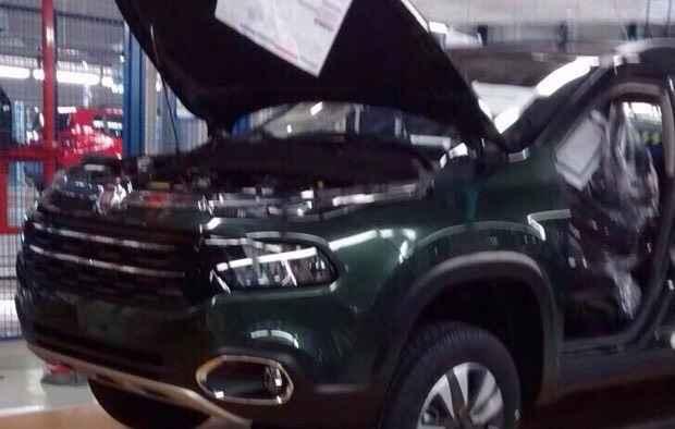 As linhas dianteiras da picape Toro lembram as do Jeep Cherokee - Jorge Moraes / Divulgação