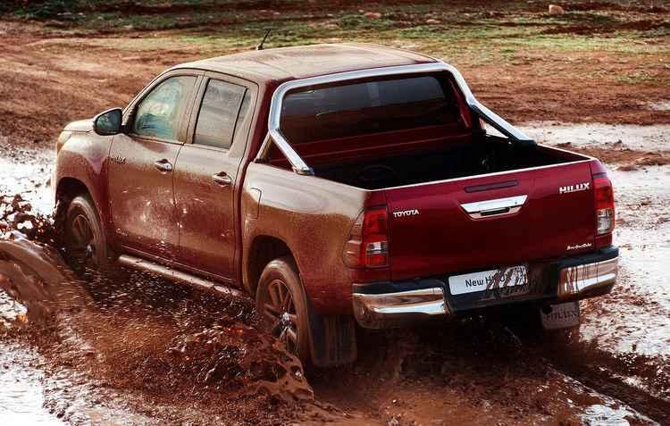 Capacidade do reboque foi ampliada para 3.500 kg e o limite de carga é de 1.240 kg - Toyota/divulgação