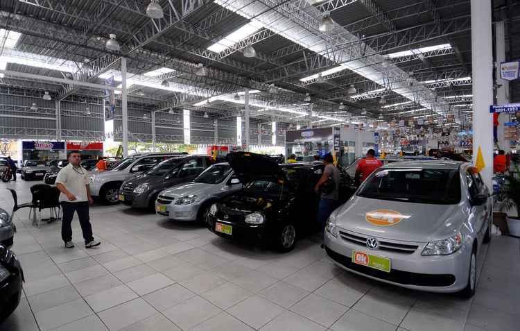 Somando todas as despesas, carro custa cerca de R$ 840 por mês - Julio Jacobina/DP/D.A Press